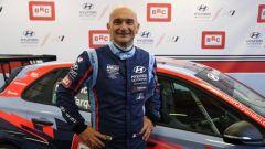 Gabriele Tarquini vince gara-3 in Hungheria nel WTCR 2019 a 57 anni e 57 giorni di età