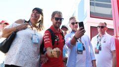 Gara: Vettel e Hamilton show! Silverstone si tinge di rosso Ferrari - Immagine: 2