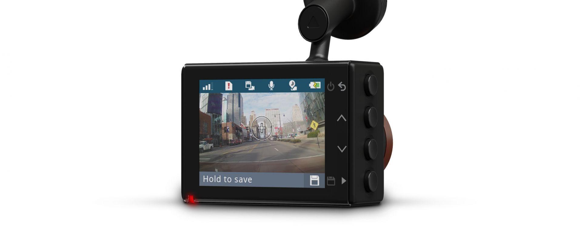 Garmin Dash Cam 55: il display è da 2 pollici