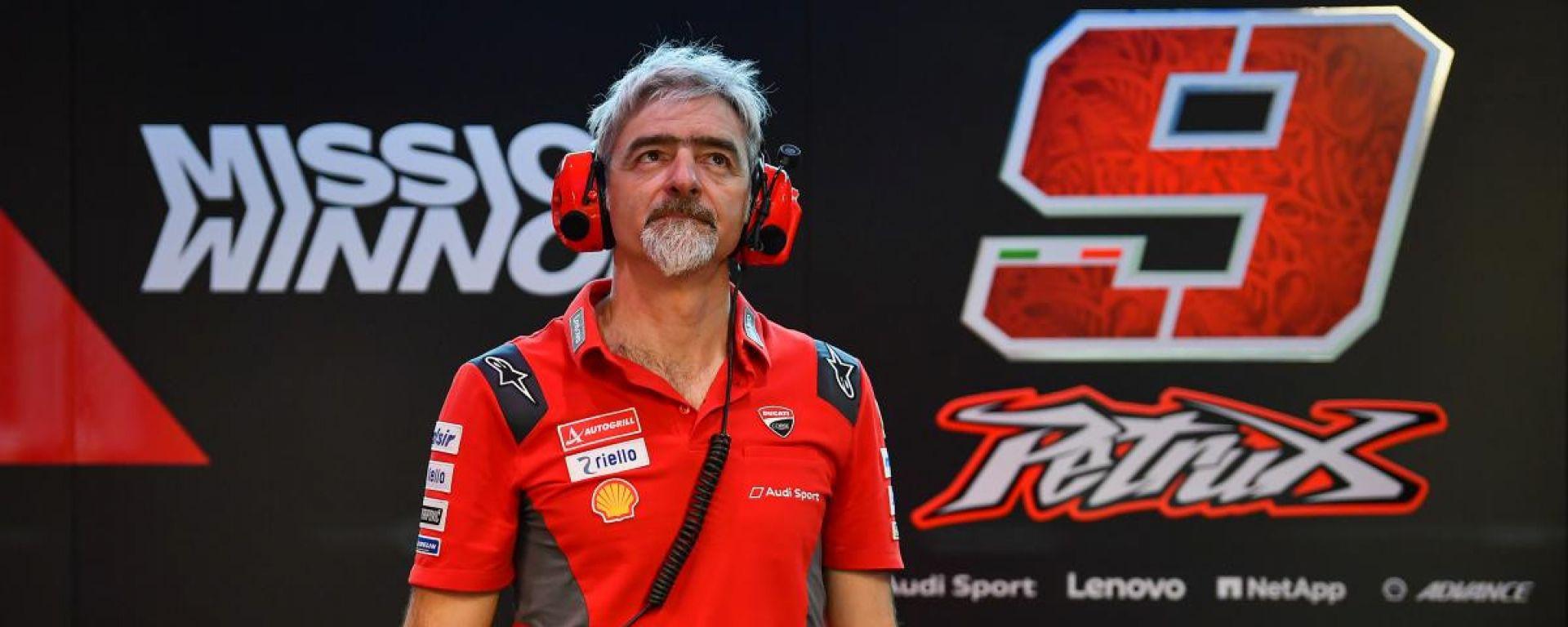 Gigi Dall'Igna nel box Ducati