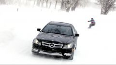 Giochi sulla neve con la C350 Coupé - Immagine: 3