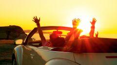 Giovani tra i 18 e i 21 anni: anche per la Generazione Z l'auto è simbolo di libertà