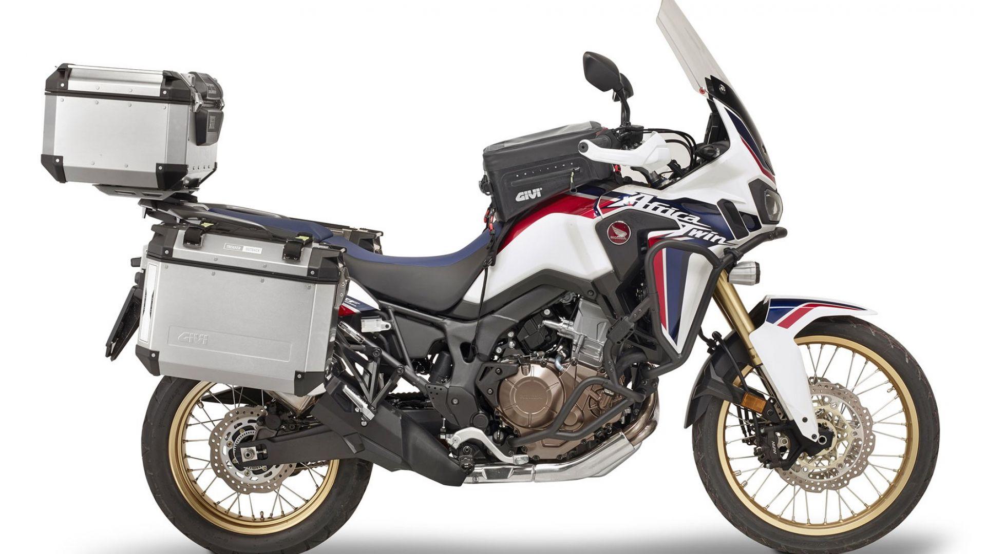 accessori moto givi a motodays 2016 un kit di accessori per africa twin motorbox. Black Bedroom Furniture Sets. Home Design Ideas