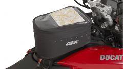 Givi: borsello da serbatoio GRT706 montato su Ducati Hyperstrada