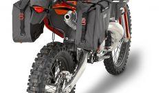 Givi: borsetta porta attrezzi GRT707 e bisacce laterali GRT708 montate su KTM
