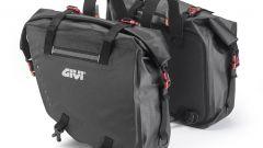 Givi GRT708: bisacce laterali con capacità di 15+15 litri