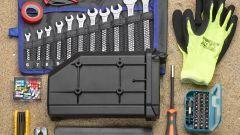 Givi S250 Tool box: attrezzi e ricambi non sono inclusi