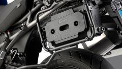 Givi S250 Tool box si monta tra la valigia laterale e il fianchetto della moto