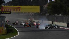 Gli attimi dopo la partenza del GP Messico 2016