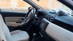 Gli interni della Dacia Duster 4x4