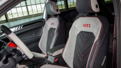 Gli interni della Golf GTI Next Level richiamano quelli di un'auto da corsa, senza rinunciare alla tradizione