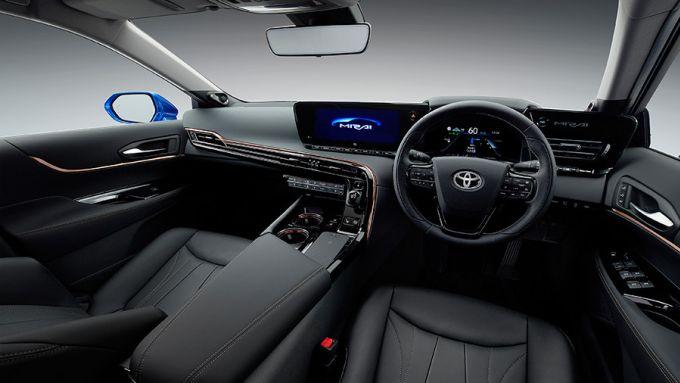 Gli interni della Toyota Mirai Concept