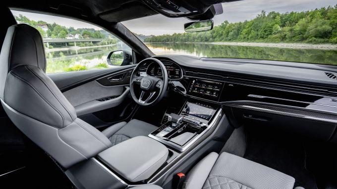 Gli interni di Audi SQ8
