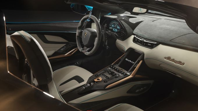 Gli interni di Lamborghini Siàn Roadster