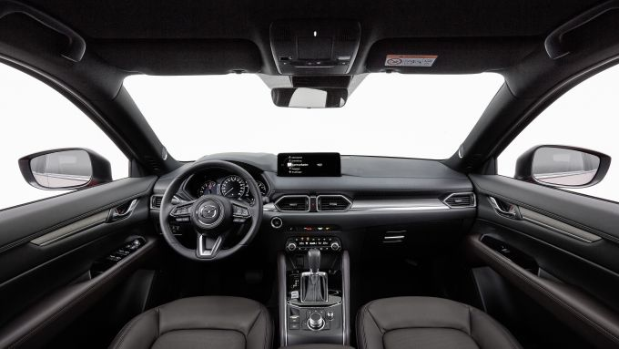 Gli interni di Mazda CX-5 2021