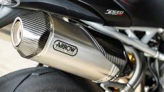 Gli scarichi Arrow della RS promettono decibel e goduria uditiva