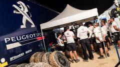 Gli uomini Peugeot Total in riunione - Rally Marocco 2017