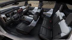 GMC Hummer EV 2022: gli interni, abitacolo anteriore e posteriore