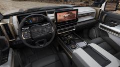 GMC Hummer EV 2022: interni, abitacolo e infotainment