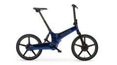 Gocycle GX 2020, colore blu, visuale laterale