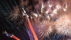 Goodwood 2016: fuochi d'artificio all'apertura