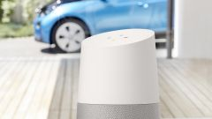Google Home porta Google Assistant in casa e fa da ponte con BMW Connected