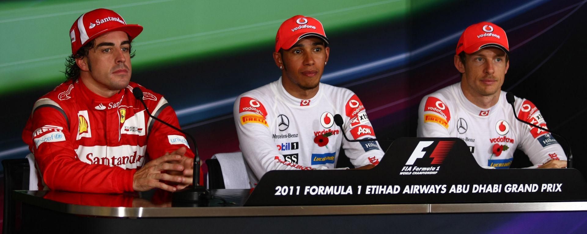 GP Abu Dhabi 2011, Yas Marina, Fernando Alonso (Ferrari), Lewis Hamilton e Jenson Button (McLaren)