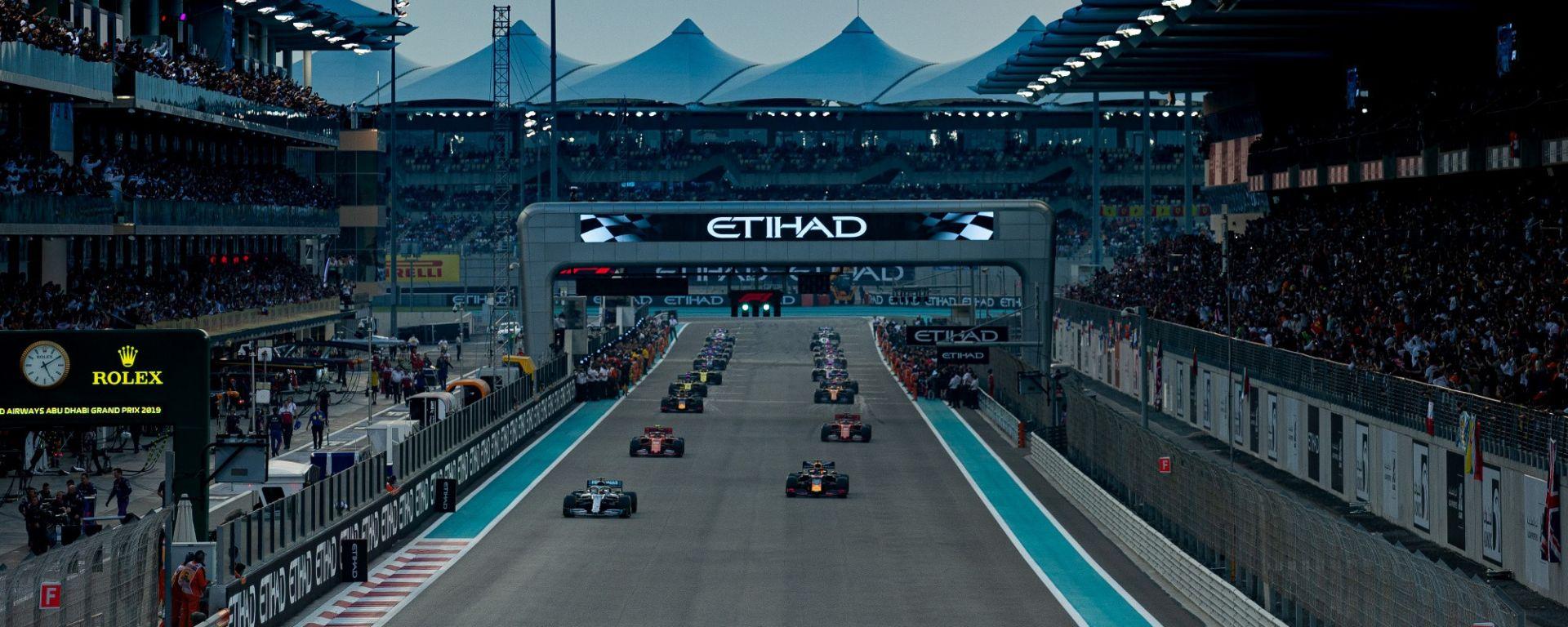 GP Abu Dhabi 2019, il via del giro di formazione