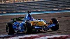 GP Abu Dhabi 2020, l'esibizione di Fernando Alonso sulla Renault R25