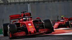 GP Abu Dhabi 2020, Yas Marina: Sebastian Vettel precede Charles Leclerc (Ferrari) nelle prime fasi di gara