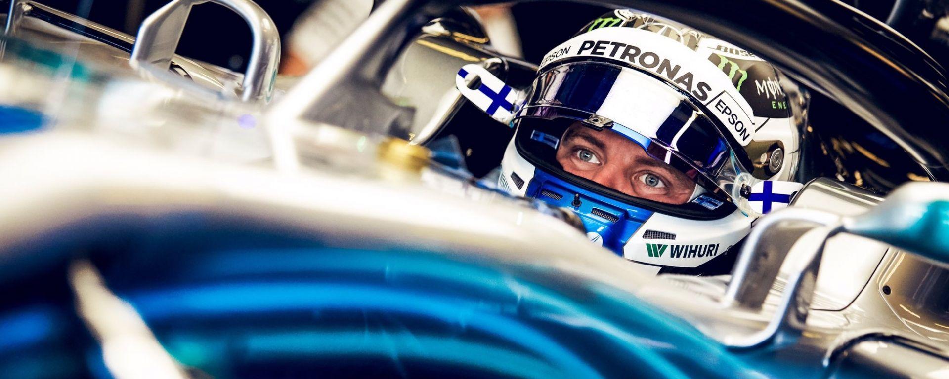 GP Abu Dhabi, FP2, Valtteri Bottaas nei box con la sua Mercedes