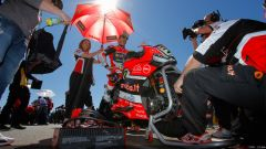 Gp Aragon: Tom Sykes in pole, ma Chaz Davies domina in gara 1 - Immagine: 30