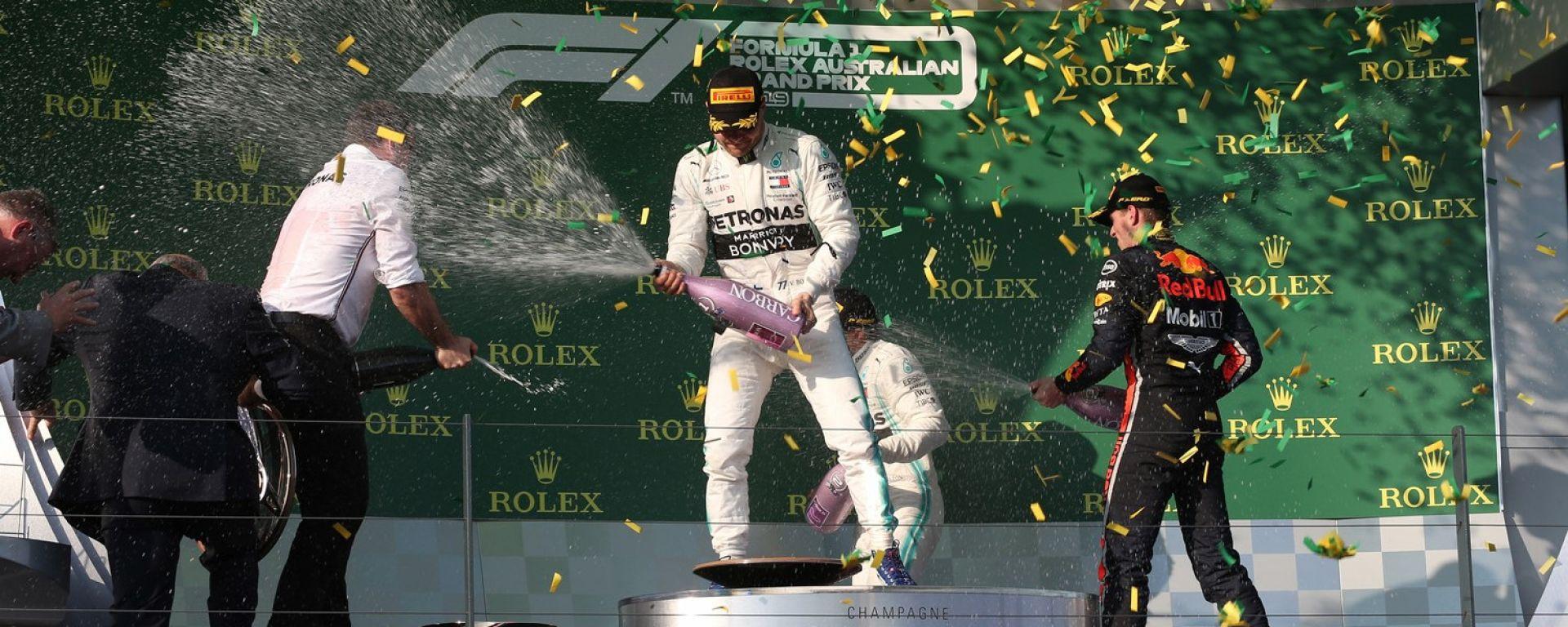 GP Australia 2019 - Bottas e Verstappen festeggiano sul podio