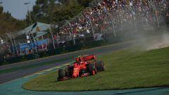 GP Australia 2019 - Escursione sull'erba per Charles Leclerc