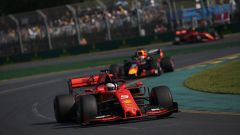 GP Australia 2019 - Sebastian Vettel (Ferrari) braccato da Max Verstappen (Red Bull)