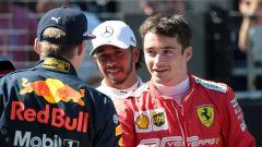GP Austria 2019, Lewis Hamilton (Mercedes) tra Charles Leclerc (Ferrari) e Max Verstappen (Red Bull)