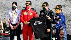 GP Austria 2020, Spielberg: Leclerc (Ferrari), Hamilton (Mercedes) e Norris (McLaren) con la maglietta End Racism