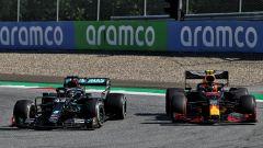 GP Austria 2020, Spielberg: Lewis Hamilton (Mercedes) e Alex Albon (Red Bull)