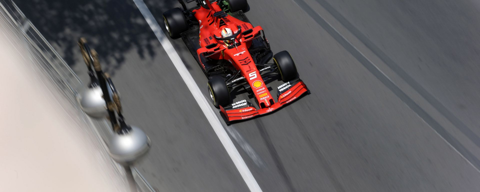 GP Azerbaijan 2019, Vettel impegnato durante le PL1