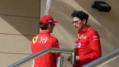 GP Bahrain 2019, Charles Leclerc a colloquio con il team principal Mattia Binotto