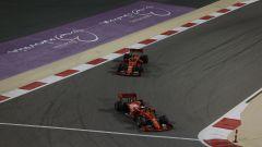 GP Bahrain 2019, le prime fasi di gara con Leclerc alle spalle di Vettel