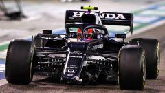 GP Bahrain 2021, Gasly con il musetto dell'AlphaTauri danneggiato in gara