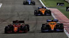 GP Bahrain 2021, Leclerc (Ferrari) e Norris (McLaren)