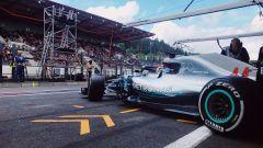GP Belgio 2018, Lewis Hamilton esce dai box nelle FP1 con la sua Mercedes
