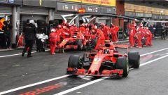 GP Belgio 2018, qualifiche, Kimi Raikkonen e Sebastian Vettel ai box Ferrari nella concitata Q3