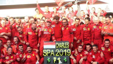GP Belgio 2019, Spa Francorchamps, Charles Leclerc festeggia la vittoria con il team Ferrari