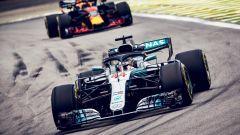 GP Brasile 2018, FP3: Lewis Hamilton in azione con la sua Mercedes