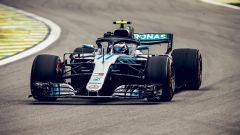 GP Brasile 2018, FP3: Valtteri Bottas in azione con la sua Mercedes
