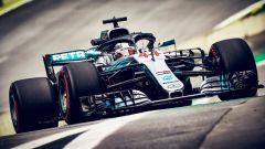 GP Brasile 2018, Lewis Hamilton in azione con la sua Mercedes