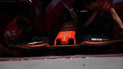 GP Canada, i meccanici Ferrari al lavoro sulla vettura di Vettel